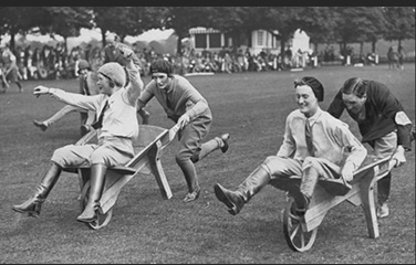 """Funny games Pushcart race in England"" (Ullstein Bild,1930)"